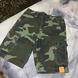 Camo cargo shorts with adjustable Waist